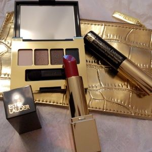 Estee lauder 4 pieces set new not used
